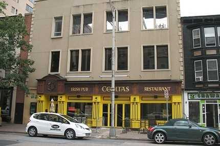 Landmark CR Ceoltas Irish Pub CPBJ Storefront